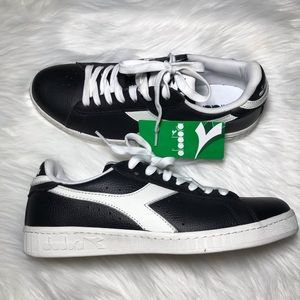 Diadora Mens Black Leather Low Top Sneakers Shoes